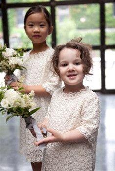 http://www.gopromdres.com/flower-girl-dresses-uk62_66