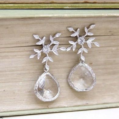 http://www.etsy.com/uk/listing/63616047/arabelle-crystal-flower-clear-bezel