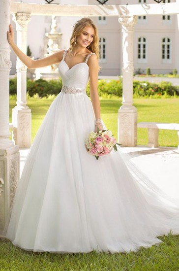 http://www.colincowieweddings.com/wedding-dresses/stella-york-spring-2014/review/fullsize/10