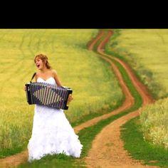 Bride Accordion