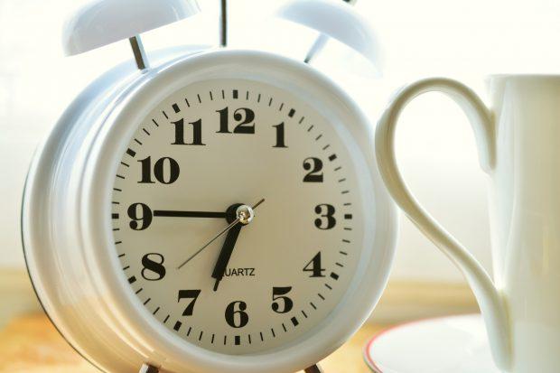 alarm-clock-2116008_1920